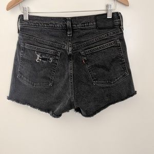 Levi's Super High Rise Cut Off Shorts Black 28